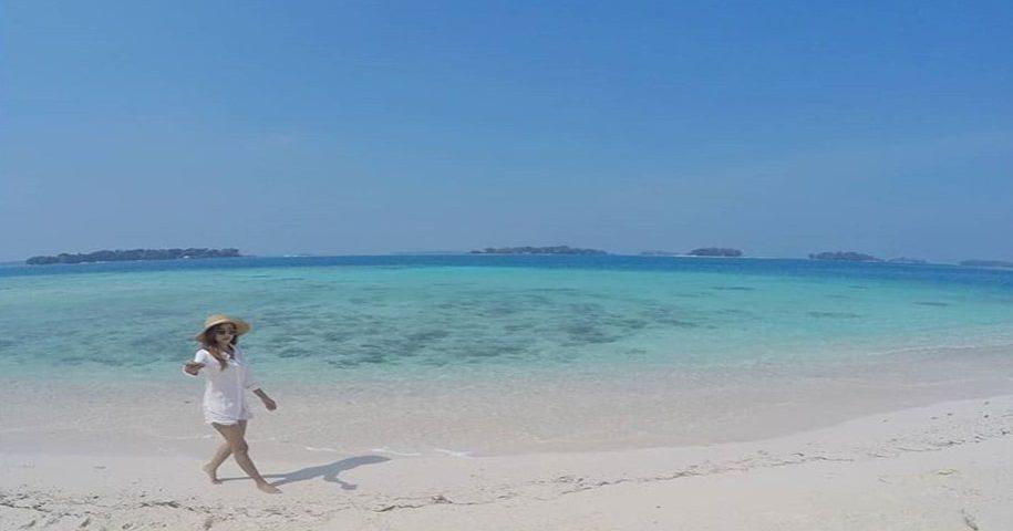 Pantai Eksotik di Pulau Seribu