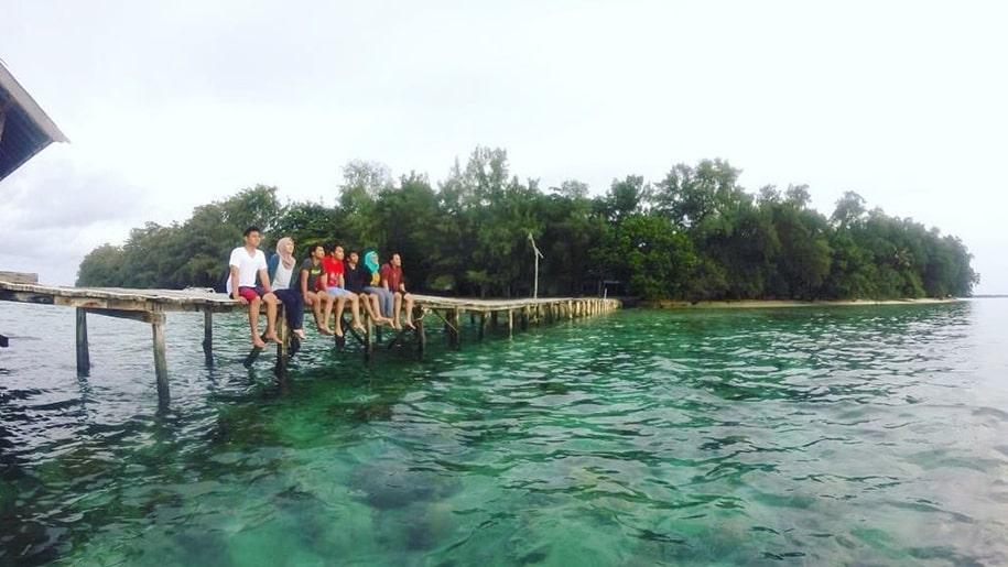 Keindahan Pulau Bira
